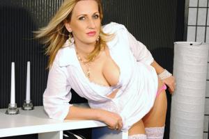 Sex Cam Shows mit Amateur Ladys in Unterwäsche