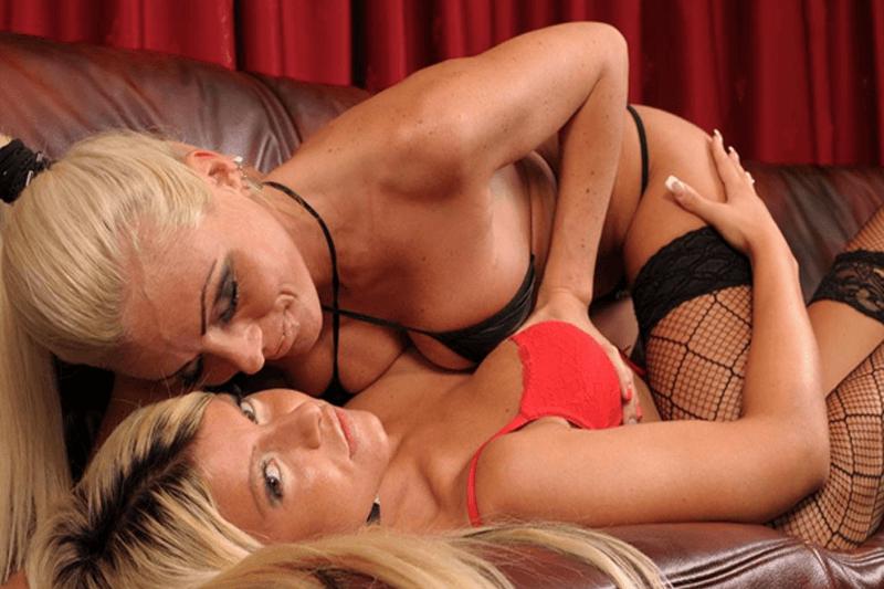Private Sexcam Show mit sexy Lesben