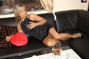 Geile Hausfrau sucht gratis Amateursex